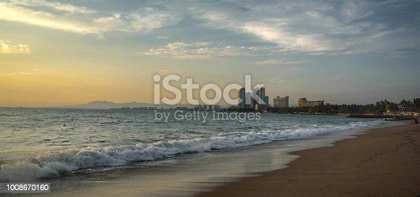 The beach at Paraiso colima