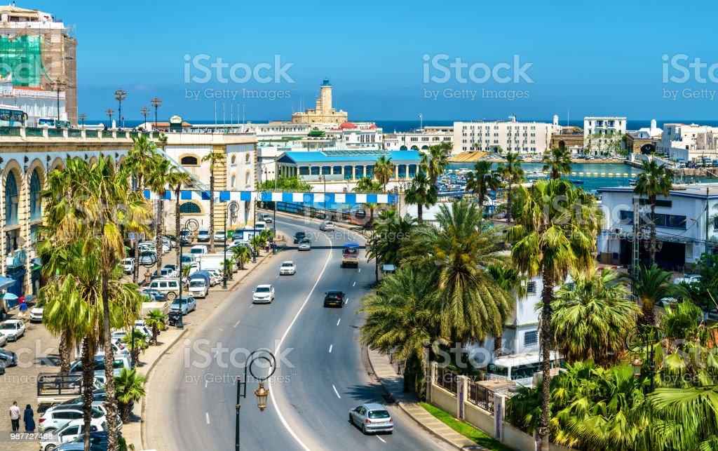 Boulevard de bord de mer à Alger, la capitale de l'Algérie - Photo