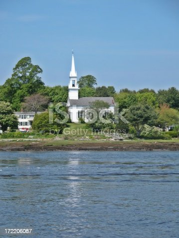 istock Seaside church 172206087