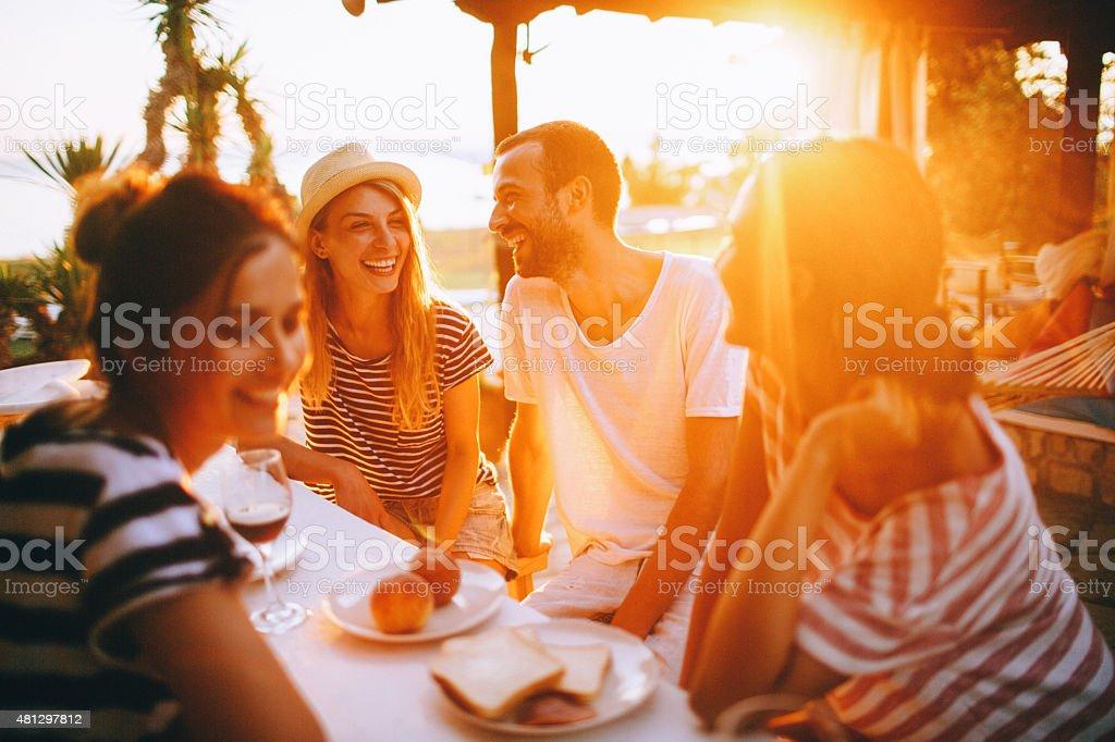 Cena sul mare - foto stock