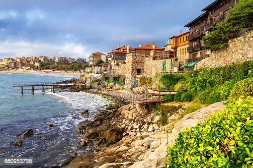 istock Seaside landscape - embankment with fortress wall in the city of Sozopol 880953738