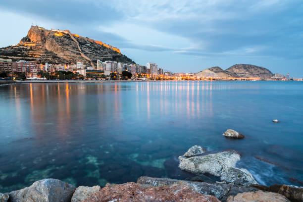Seaside view of Alicante at dusk, Costa Blanca, Spain – Foto