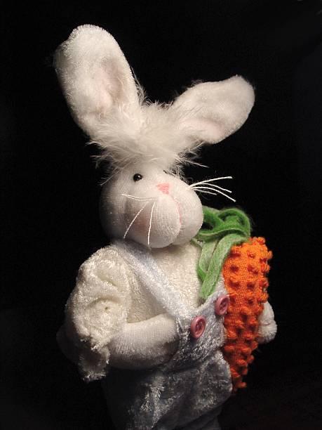 saisonal-bunny - plüschhase stock-fotos und bilder