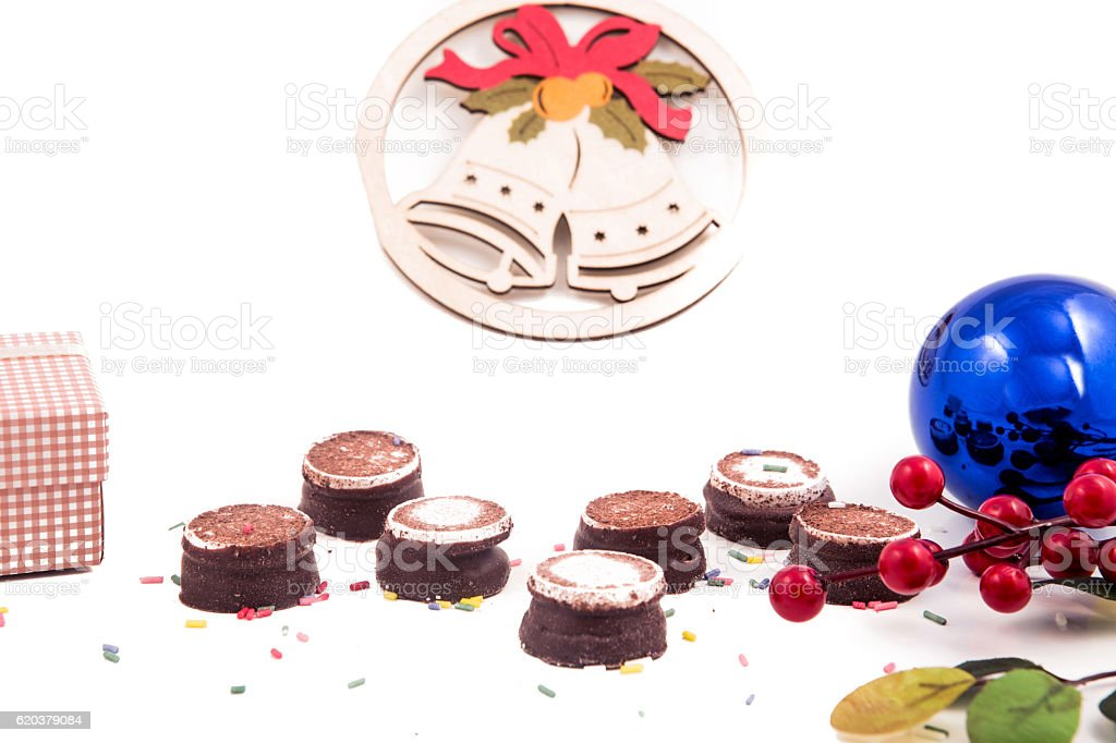 Seasonal festive christmas mini dessert  red colors decorative symbols elements zbiór zdjęć royalty-free