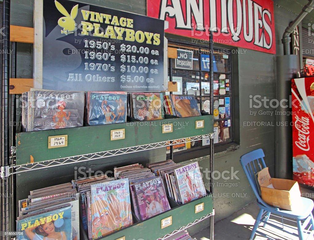 Mercato dell'antiquariato di Seattle-Vintage Playboy riviste - Foto stock royalty-free di Antico - Vecchio stile