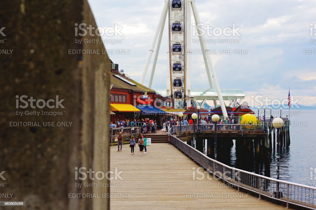 Seattle Big Wheel - Royalty-free Arts Culture and Entertainment Stock Photo