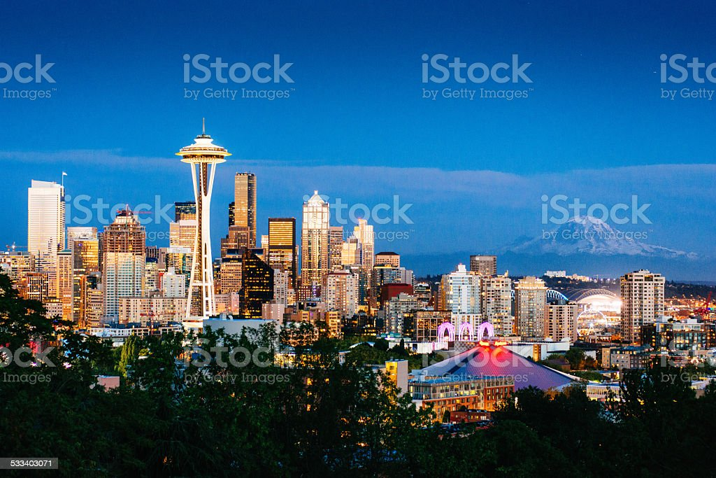 Seattle Skyline and Mount Rainier at Dusk stock photo