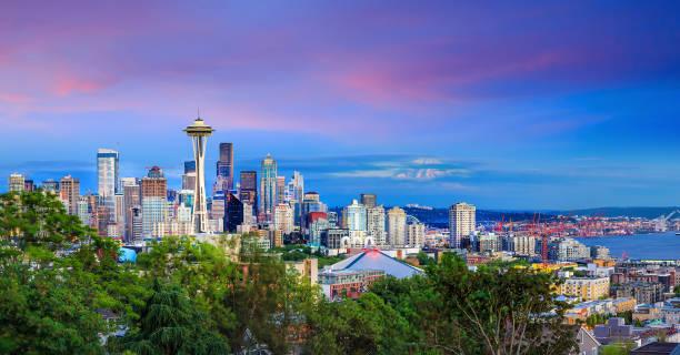 暮色中的西雅圖天際線 - seattle 個照片及圖片檔