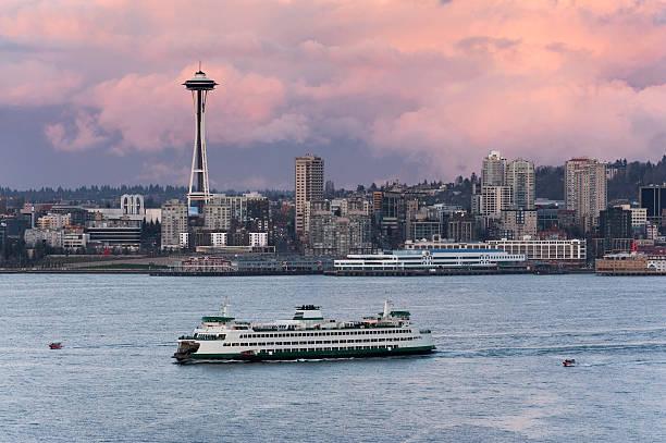 seattle skyline - ferry imagens e fotografias de stock