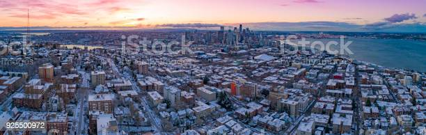 Seattle washington skyline colorful skies aerial view panoramic snowy picture id925500972?b=1&k=6&m=925500972&s=612x612&h=api5twypwn g6qgrsid1iaj4bq1ojmyvq3teqffnwk4=