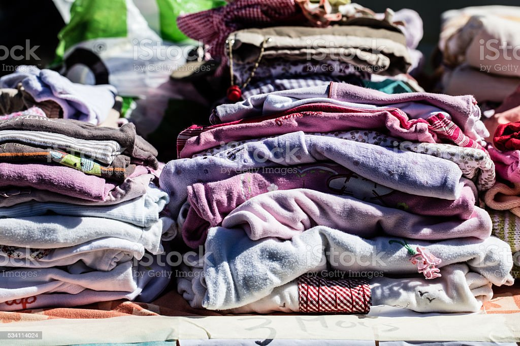 second hand baby clothes and pyjamas for reusing or reselling​​​ foto