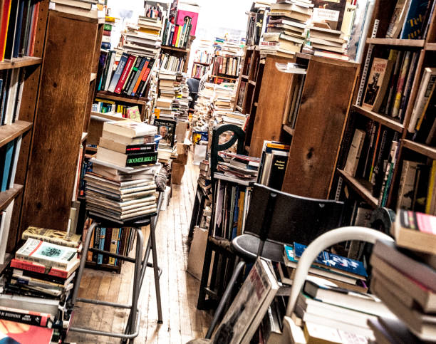 second-hand bookstore, used bookstore - bookstore stock pictures, royalty-free photos & images