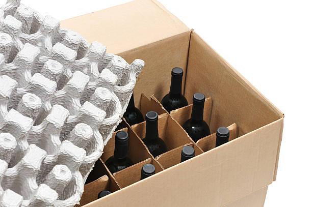 secure shipping of wine bottles - wine box bildbanksfoton och bilder