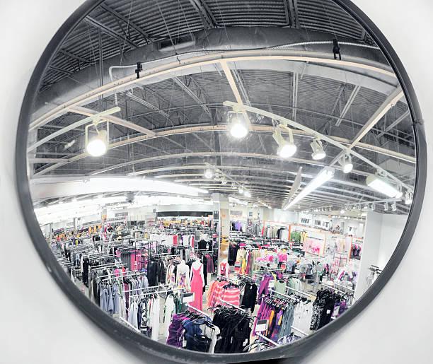 miroir de sécurité - convexe photos et images de collection