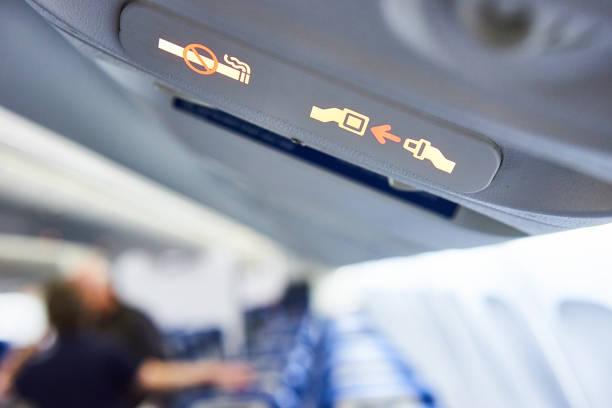 在飛機上的安全 - 亂流 個照片及圖片檔