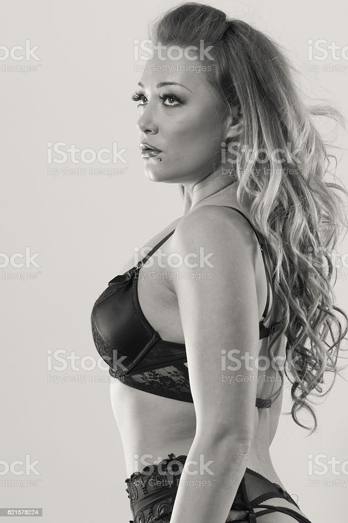 Seductive young lady portrait. photo libre de droits