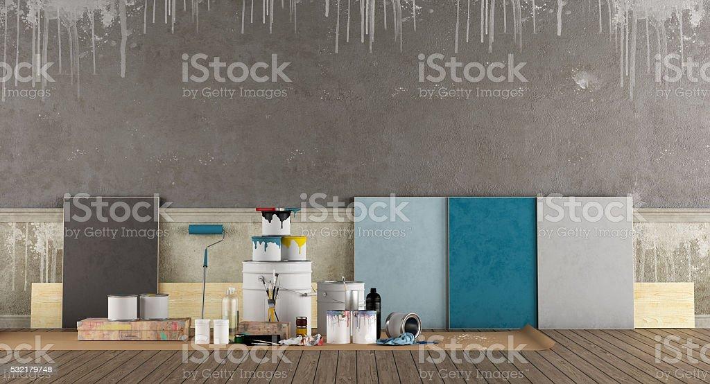 Selecionar mostruário de cores de pintura velha parede - foto de acervo