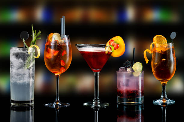 selection of cocktails - foto de acervo