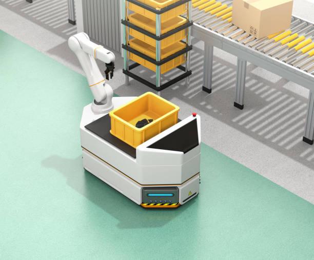 Selbstfahrer AGV mit Roboterarm bewegt neben Förderband – Foto