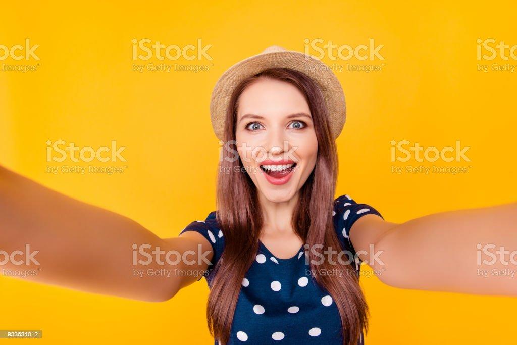 73facb199 Retrato del uno mismo de mujer agradable, increíble, bonita, positiva, risa,