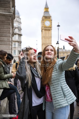 861023492istockphoto Selfie at the London Big Ben 1022394604