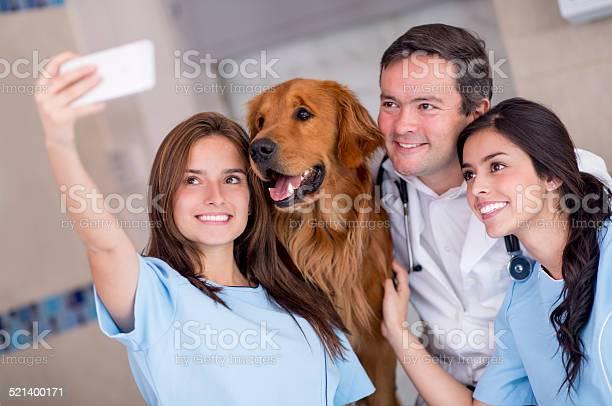 Selfie at the vet picture id521400171?b=1&k=6&m=521400171&s=612x612&h=ipzdta mxssyrabcmojphvmze1rccfipoli9yfnp5yy=
