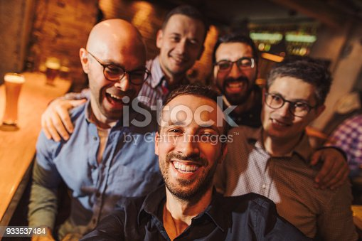 istock Selfie in a pub with my friends 933537484