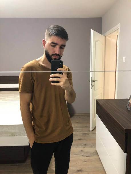Man selfie looking good LovePanky