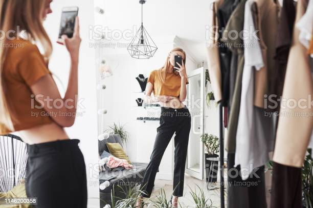 Selfie in the mirror to give a check by friends the process of the picture id1146200358?b=1&k=6&m=1146200358&s=612x612&h=n9jkfiju3ohqf2q8uia7vj8bsfylwweep smiqkx4zg=