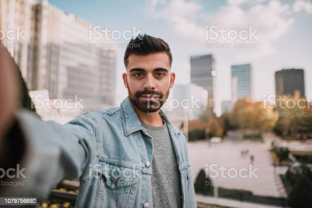 Selfie of a young man picture id1079756692?b=1&k=6&m=1079756692&s=612x612&h=xis2kq7b9n82kagogpjdb76hkh fmz0unljpsty4l7e=