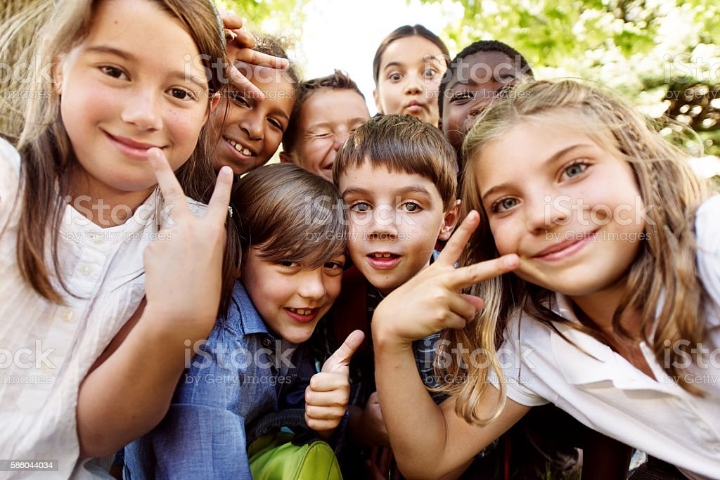 Selfie of school kids – Foto