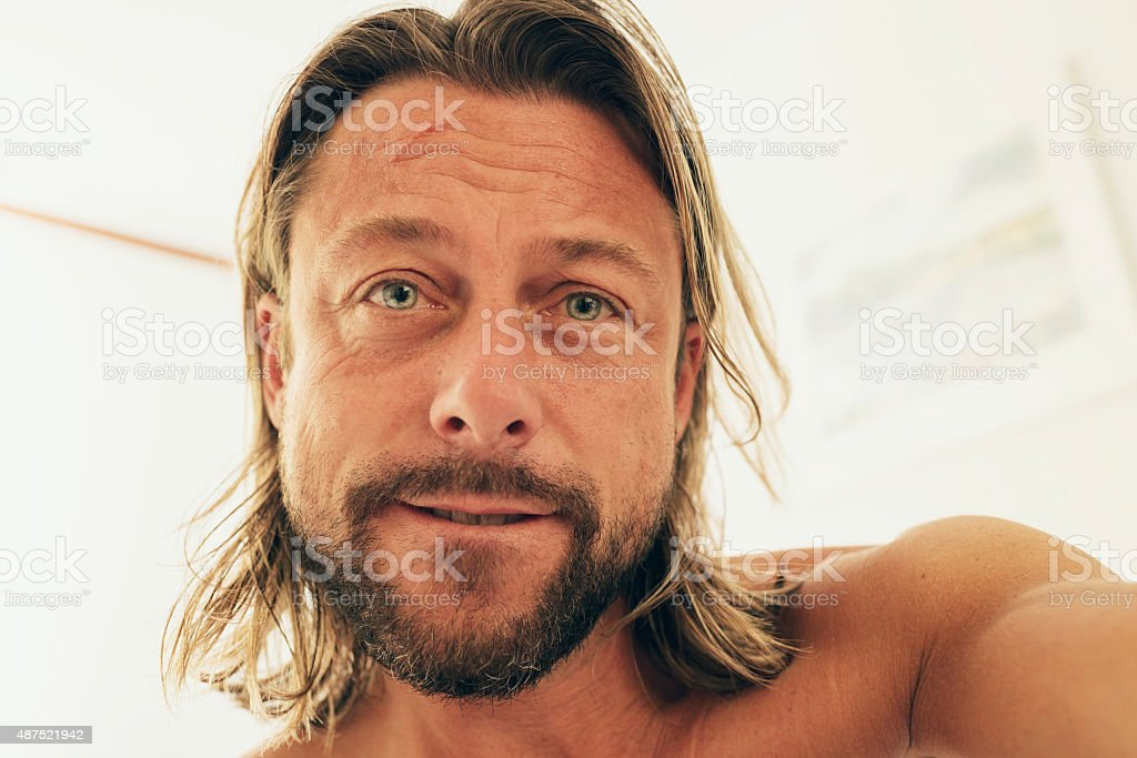 Amazing Selfie Of Young Man With Long Blonde Hair And Beard Stockfoto En Schematic Wiring Diagrams Amerangerunnerswayorg