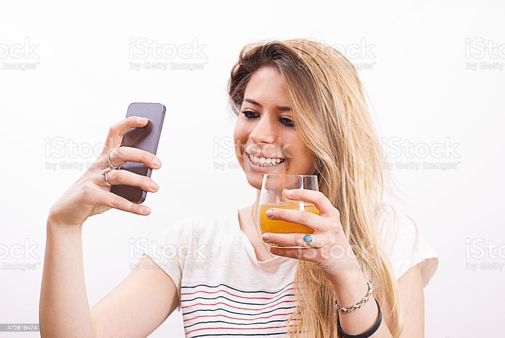 Selfie auf weißem Hintergrund – Foto