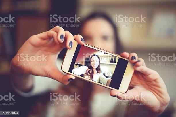 Selfie picture id512291874?b=1&k=6&m=512291874&s=612x612&h=soq65d4bxkli4le jtcuzsmb89sqxn5e pogjxl0ake=