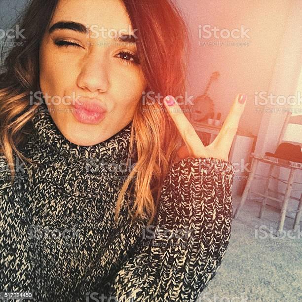 Selfie with a message picture id517224450?b=1&k=6&m=517224450&s=612x612&h=buujd xp0pudu qskq xgno3sdnczlqvzbpsvgbpje8=