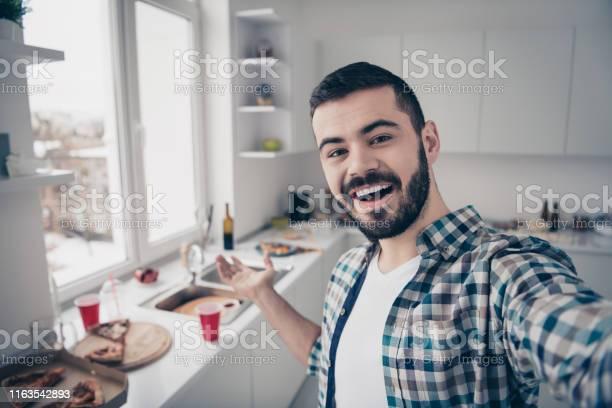 Selfportrait of his he nice attractive cheerful cheery glad bearded picture id1163542893?b=1&k=6&m=1163542893&s=612x612&h=baasn cmkej 7cpqrlc13czggnthlvchdtvajaxwjyw=