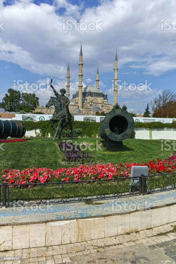 Selimiye Mosque and monument of Ottoman Sultan Mehmed II (Mehmed The Conqueror) with medieval cannon in city of Edirne,  East Thrace, Turkey stock photo