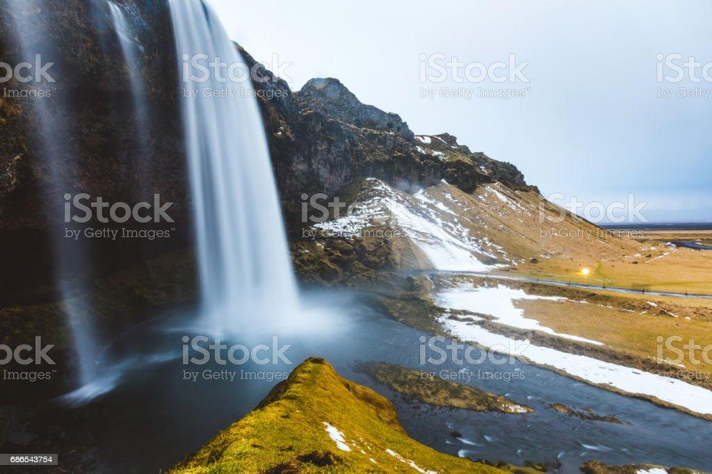 アイスランド、長時間露光でセリャラントスフォスの滝 ロイヤリティフリーストックフォト