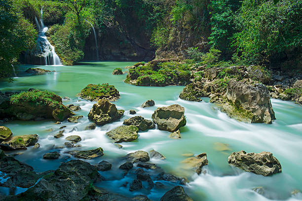 Semuc Champey Waterfalls - foto de stock