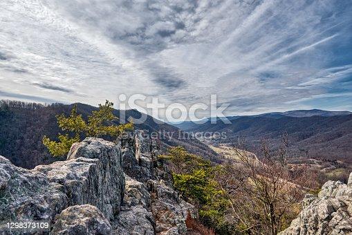 istock Seneca Rocks, West Virginia 1298373109