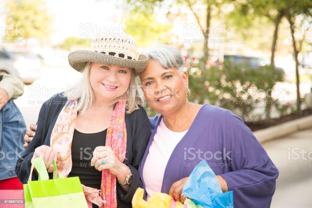Plus âgés jouir femmes