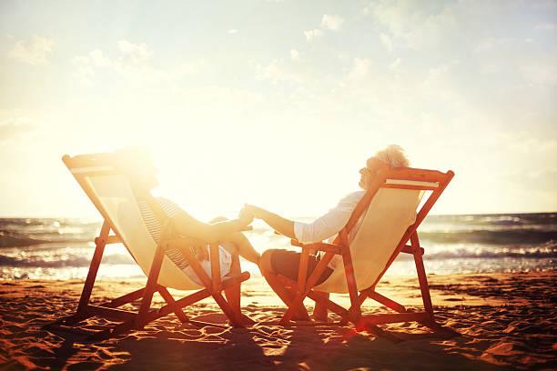 Altes Paar genießen die goldenen Jahre – Foto