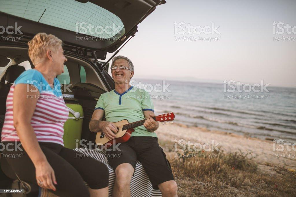 Älteres Paar in den Sommerferien – Foto