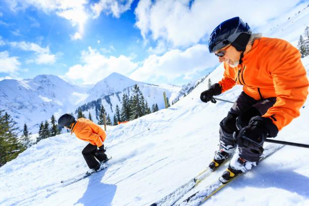 Senior couple skiing picture id166310488?b=1&k=6&m=166310488&s=612x612&w=0&h=xlmkpwetg0bpqncufruvkr3l2zykzhco34dd3xeudai=