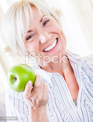 istock Senior Health 174894957
