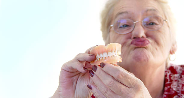 senior Look enfants, jetable dents - Photo