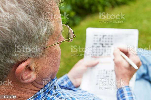 Senior man doing crossword puzzle in garden picture id187015785?b=1&k=6&m=187015785&s=612x612&h=jg6cmtkehfl 8z3q1l8uguatzpqogbkl 92jfi2ywqs=