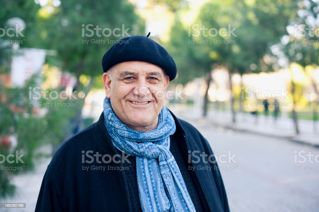 Homme Senior dans le parc. - Photo