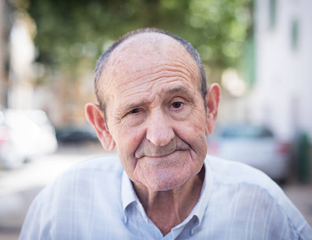 Retrato de hombre senior - foto de stock