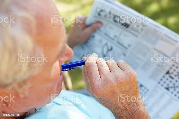 Senior man reading newspaper picture id136507610?b=1&k=6&m=136507610&s=612x612&h=uqnedeyhujzaiws0ytidd xbe5wod8novh4h ovy9iw=
